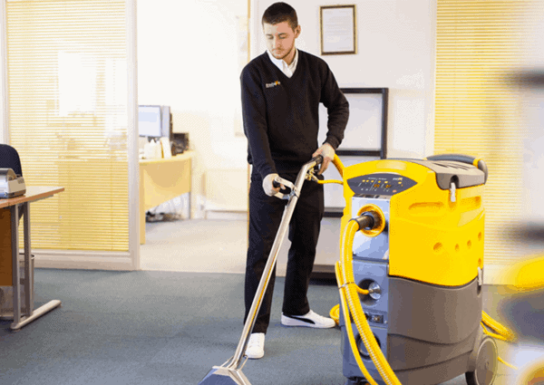 Professional-Cleaning-Equipment